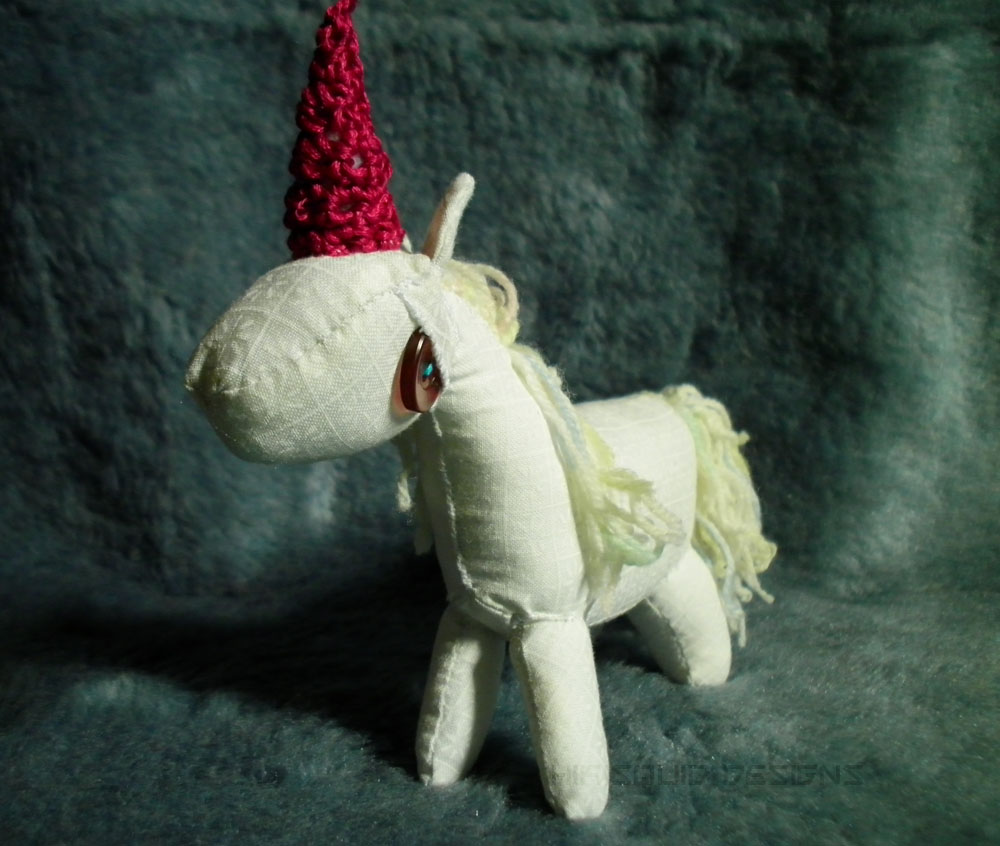 maroon unicorn