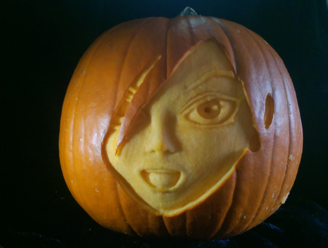 Zone-Tan Pumpkin Carving