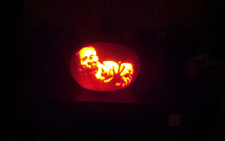 Pumpking Stinkie Carving!