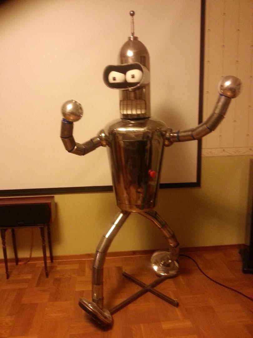 Bender In Real Steel Life
