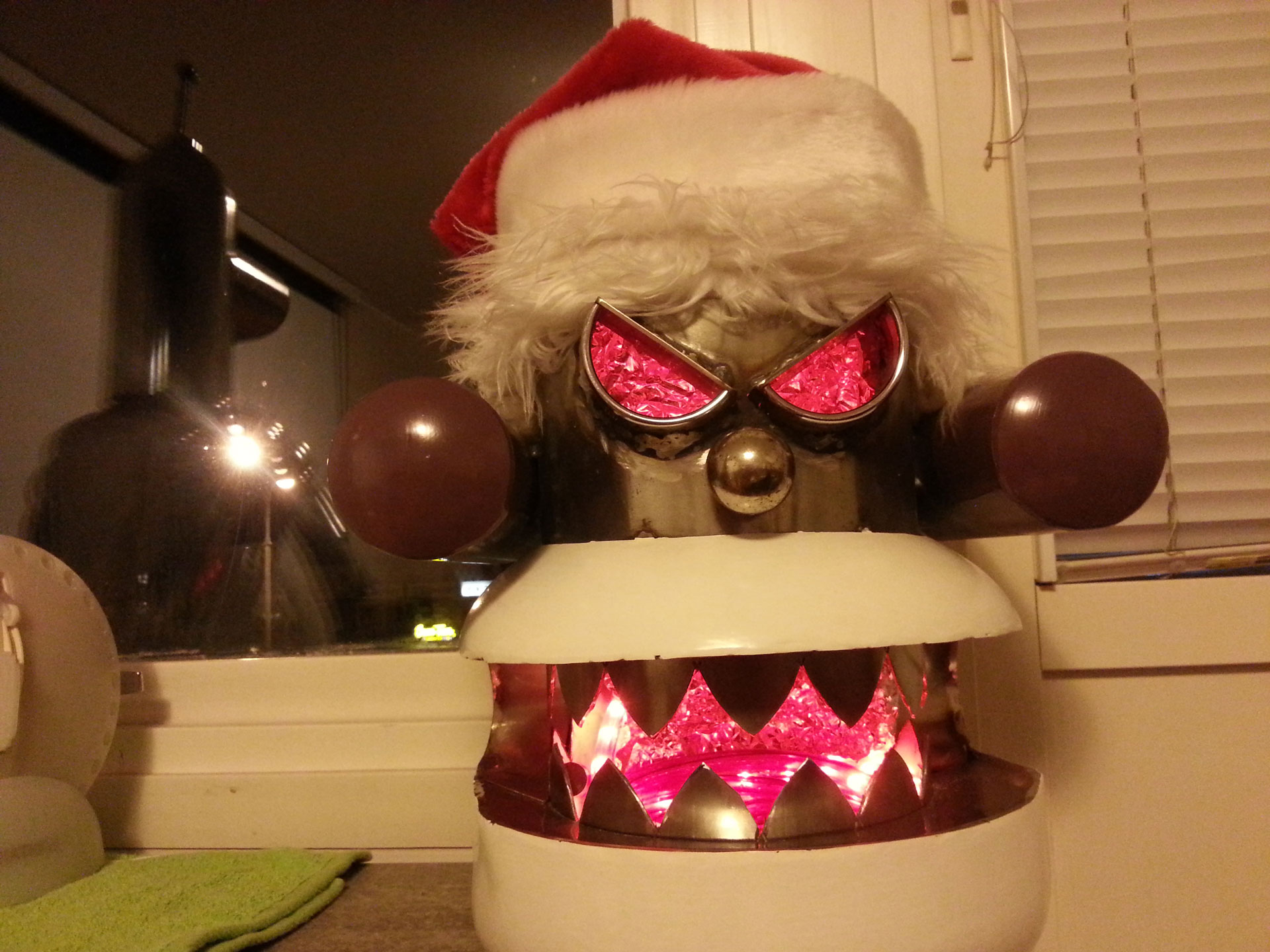 Robot Santa - painted and lit