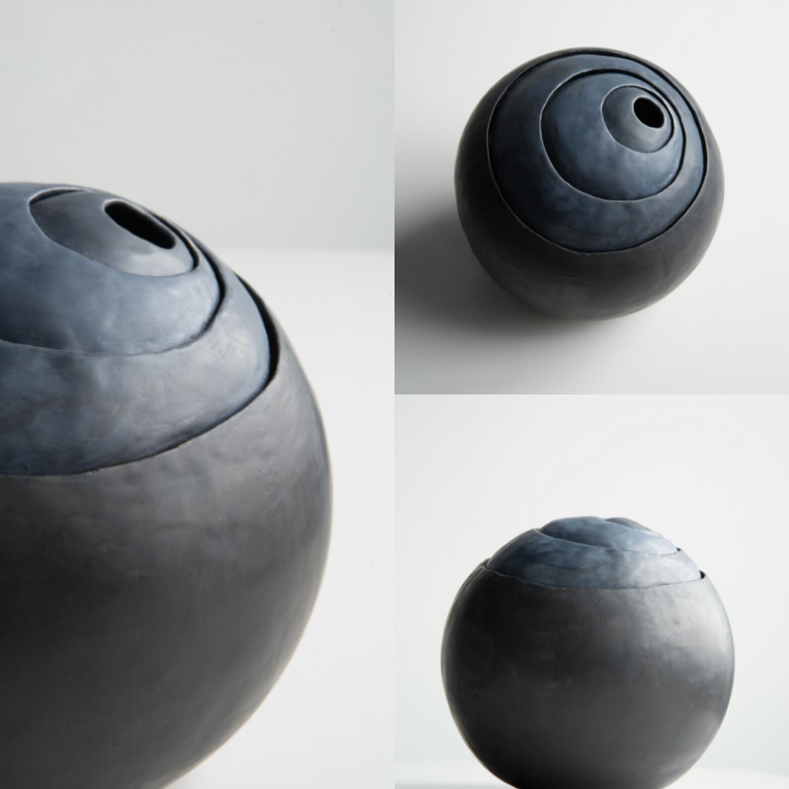 Infinity urn