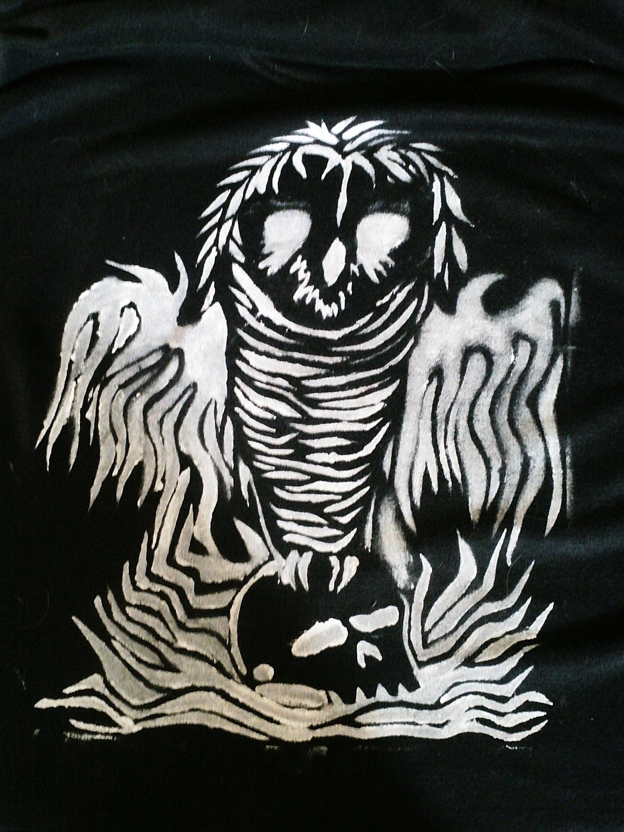owl on a skull