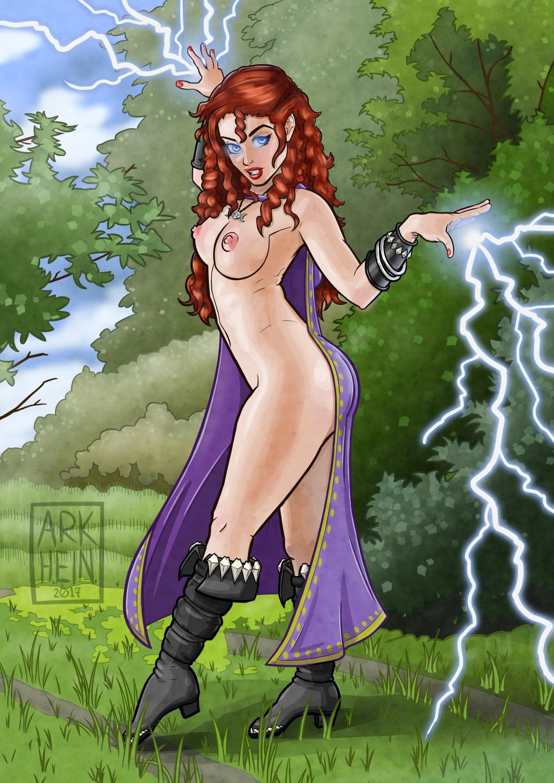 Larina Nude