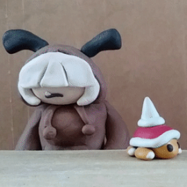 Kuri & Spike Top